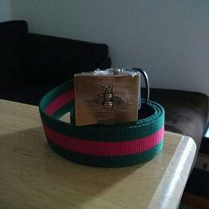 Gucci Bee buckle Web belt